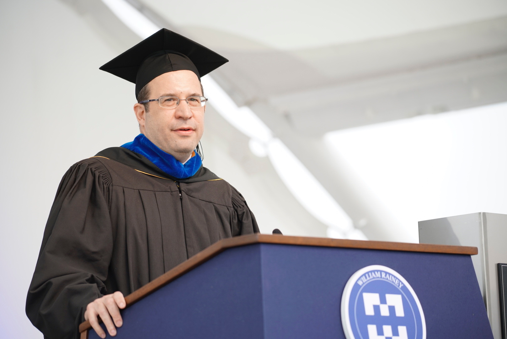 David Coleman gives commencement address