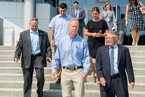 Gov. Rauner and Dr. Ender tour Health and Recreation Center