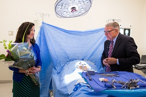Joni Hamilton and Harper President Ken Ender in the surgical technology suite